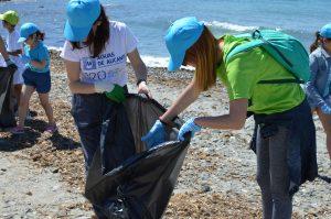 Los grupos de voluntarios han recorrido la isla.