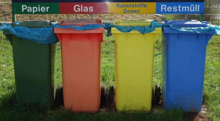 La separación de residuos ayuda a la descarbonización.