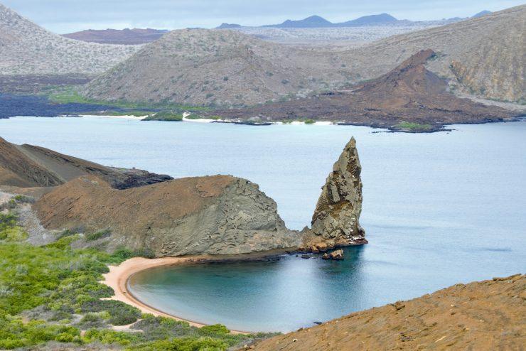 El plástico puede ocasionar problemas graves en la flora y fauna de Galápagos.