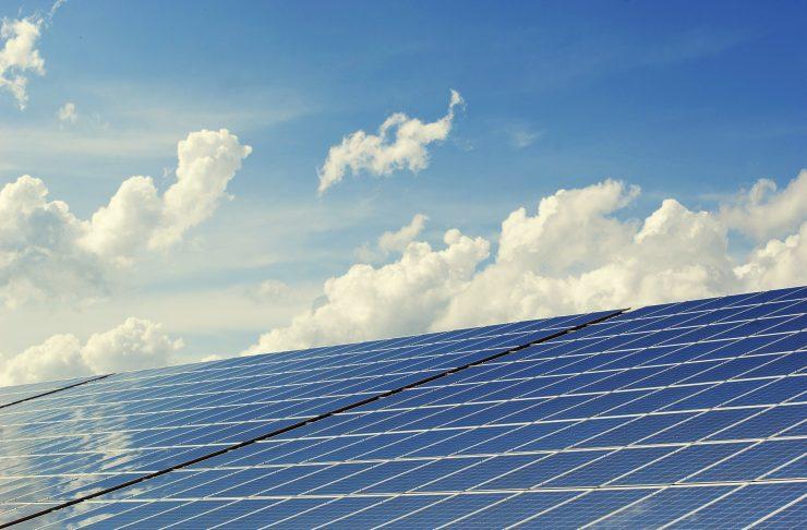 La energía solar es un modelo de negocio en la economía circular.
