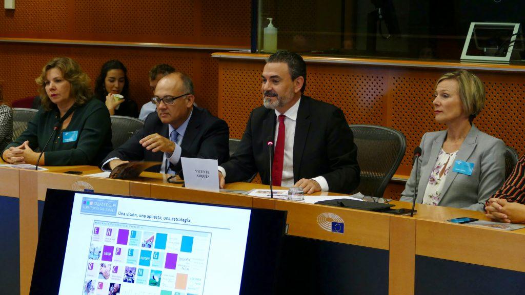 Arques, en su presentación en Bruselas de la Edusi de l'Alfàs como territorio saludable.