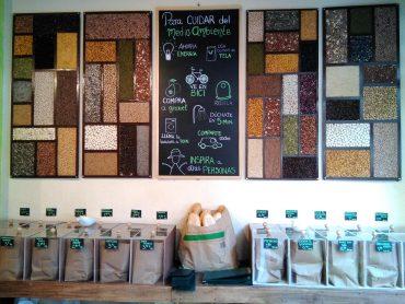 Granel es un negocio situado en Elche que se declara libre de plásticos.