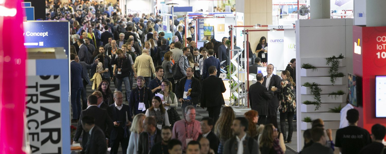 El público entre los pasillos del Smart City Expo World Congress de Barcelona.