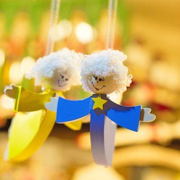 En Navidad podemos reducir el consumo de plástico en muchos aspectos. Por ejemplo, con juguetes de madera.