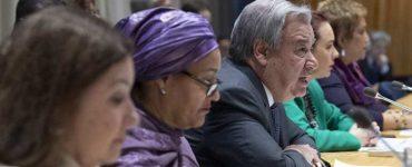 El Secretario General de la ONU, António Guterres (centro) durante la presentación. ONU/Eskinder Debebe
