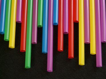 El Plan de Acción de la Comisión Europea incluye diversas medidas, como terminar con plásticos de un solo uso.