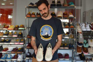 Carlos García pretende que su empresa de calzado anime al resto del sector a cambiar la forma de trabajar con el entorno.