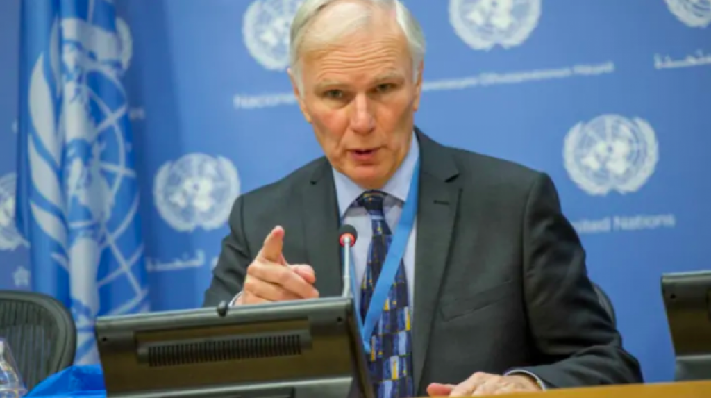 El relator especial de la ONU, Phil Alston, alerta del apartheid climático