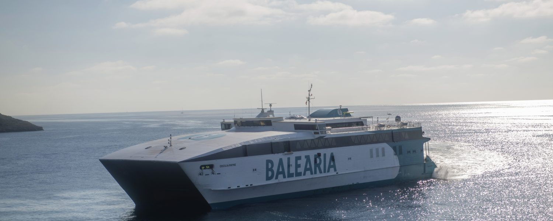 A bordo del buque Sicilia, de la compañía Balearia. Foto: Vicens Gimenez