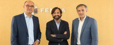 Manuel Palomar, Francisco Bartual y Luis Rodríguez González en la firma de Inovare.