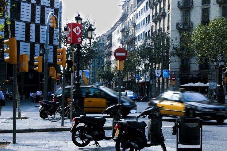 Barcelona pretende reducir la circulación de los vehículos más contaminantes a partir del 1 de enero de 2020.