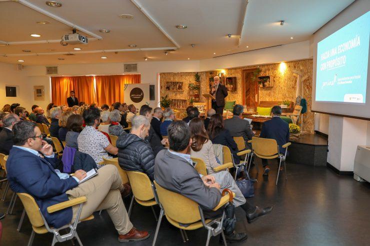 El proyecto Emine se ha presentado en Alicante y Murcia como un espacio donde reflexionar sobre la economía circular y del bien común.