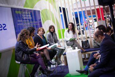 La mesa Talento femenino y cambio climático analiza en la COP25 la posición de las mujeres para luchar contra sus efectos.