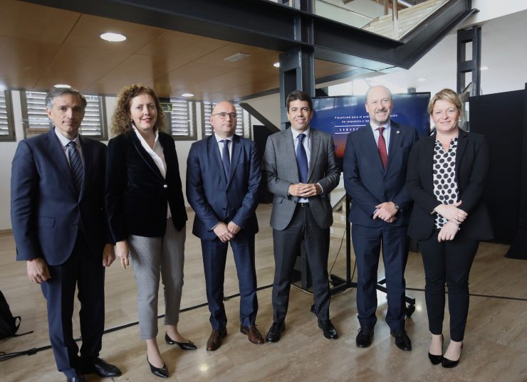 El convenio entre grupo Suez y la Diputación de Alicante pretende adelantar respuestas ante casos críticos como las inundaciones de septiembre del 19 en la Vega Baja.
