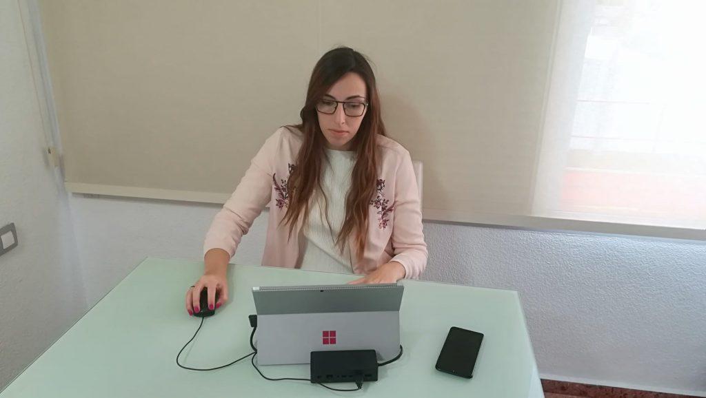 Maria Tuesta es una de los técnicos de Dinapsis que está trabajando desde su casa en la gestión de Dinapsis.