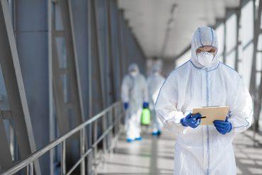 Vectalia y Labaqua, del Grupo Suez, se unen en Biovalia para aportar soluciones en los procesos de bioseguridad, salud ambiental y desinfección.
