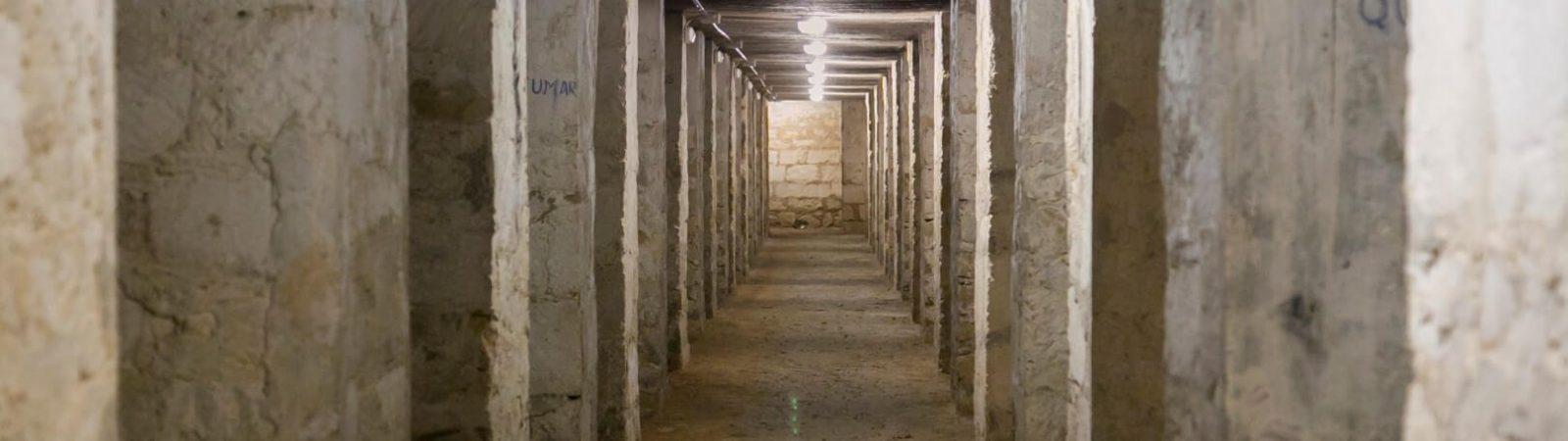 Interior del refugio de la plaza Séneca abierto desde hace diez años. Foto Ayuntamiento de Alicante