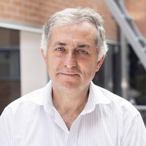 El catedrático Miquel Canals encabeza el equipo que ha traducido el Atlas del mar.
