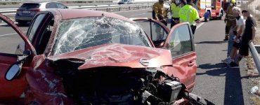 El Consorcio de Bomberos cuenta con un grupo especializado en rescates de personas atrapadas después de sufrir un accidente de tráfico.