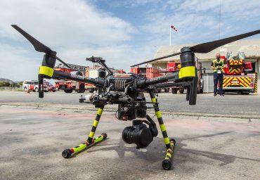 Entre las posibilidades que aportan los drones, para mejorar la labor del Consorcio Provincial de Bomberos de Alicante, destaca su autonomía.