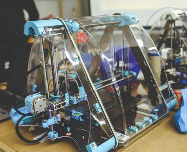 En la lucha contra la covid-19, la empresa 3D Fils de la UMH ha puesto en marcha una línea de filamentos antibacterianos para la impresión 3D
