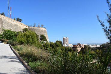 Imágenes de la fortaleza con vistas a la bahía de Alicante