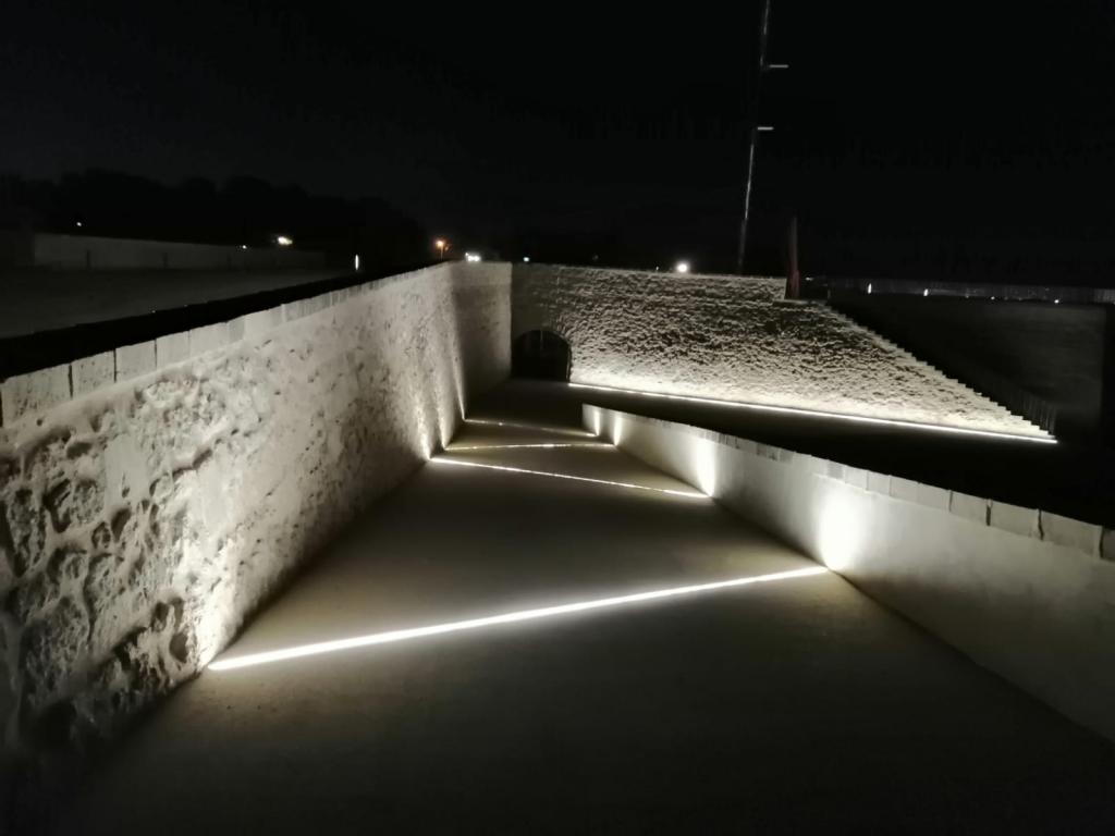 La actuación estrena nueva iluminación ornamental para uno de los monumentos más visibles de la ciudad Foto Ayuntamiento de Alicante.