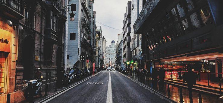 La reducción en la movilidad no fue suficiente para reducir las emisiones, según el Global Energy Climate Outlook. Foto: Álvaro López