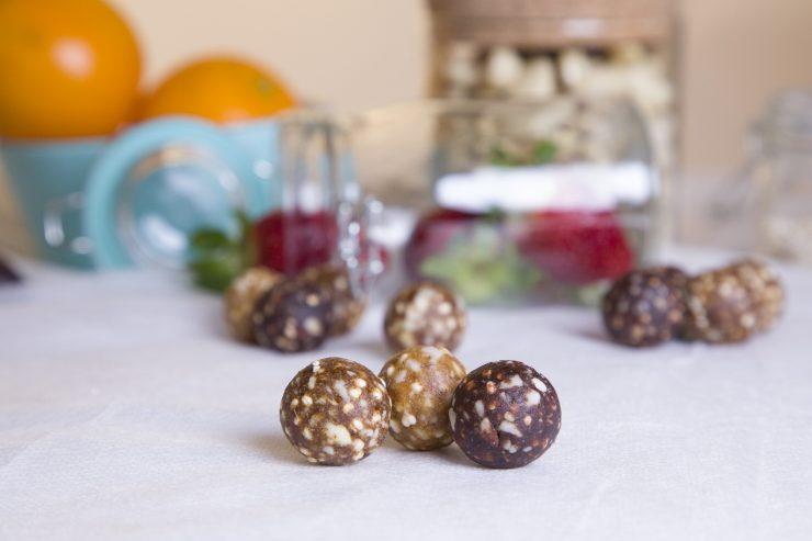 Henko Snacks, del Parque Científico de la UMH, ha creado un snack saciante y elaborado a base de frutos secos, dátiles y cereales.