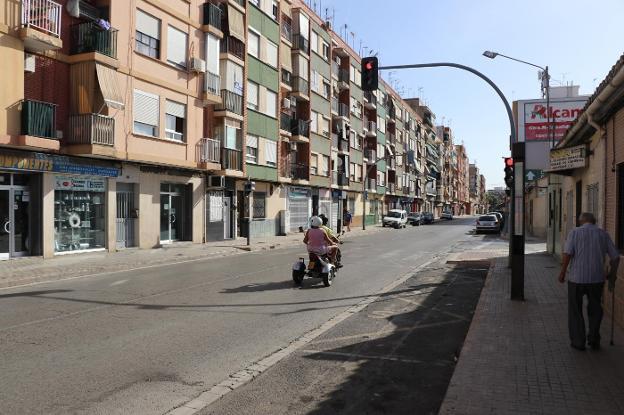 La antigua carretera comarcal antes de su reurbanización