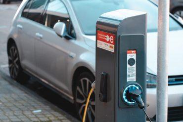 Retebave. Un proyecto que ha unido a destacados agentes para crear un sistema pionero en la decisión automática de cuándo reciclar las baterías de los vehículos eléctricos. Foto: Ernest Ojeh