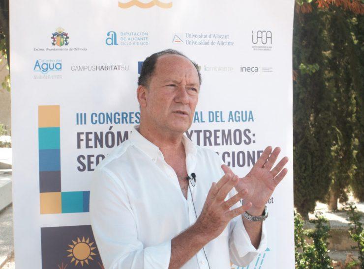 Emilio Bascuñana demanda el apoyo para la llegada del trasvase Tajo Segura a Orihuela.