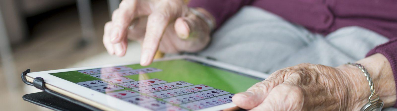 El proyecto de Discapacidad integrada recopilará información y ofrece ya una aplicación para trabajar con pacientes de Parkinson. Foto: Sabine Van Erp